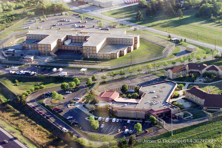 The Franklin County Corrections facility on Harmon Road as seen from the air looking south. (© James D. DeCamp | http://www.JamesDeCamp.com | 614-367-6366) [Photographed with Canon EOS D2000 cameras in RAW mode with L series lenses.]