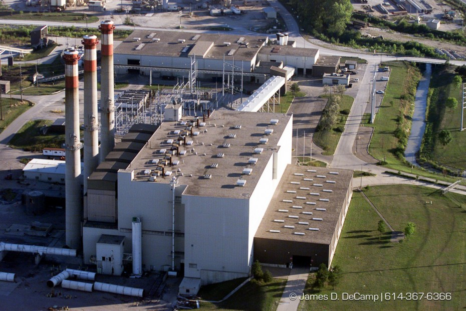 Aerial view of the Columbus Trash Burning power plant. (© James D. DeCamp | http://www.JamesDeCamp.com | 614-367-6366) [Photographed with Canon EOS D2000 cameras in RAW mode with L series lenses.]