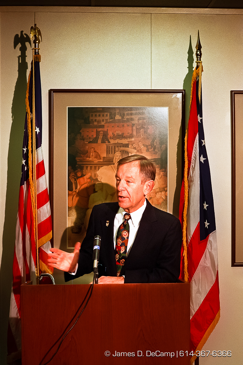 Governor George Voinovich talks about the defeat of state issue two at a conceding press conference in the Ohio Secretary of States office in the Rhodes Tower. (© James D. DeCamp | http://www.JamesDeCamp.com | 614-367-6366) [Photographed on Fuji film using Canon F-1 & T-90 cameras with L series lenses. Digitized with Kodak RFS 2035 plus film scanners]