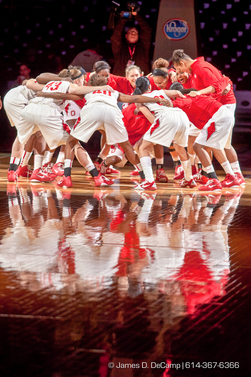 Ohio State University's Women's Basketball Team huddles before the first period of play at the Value City Arena at The Jerome Schottenstein Center in Columbus, Ohio Tuesday evening December 14, 2010. The Buckeyes defeated the Lady Spartans 87-55 in the two teams first ever pairing. (© James D. DeCamp | http://www.JamesDeCamp.com | 614-367-6366) [Originally photographed for SouthCreek Global Media which went out of business in 2012. All sales requests should be directed to ZumaPress.com.]